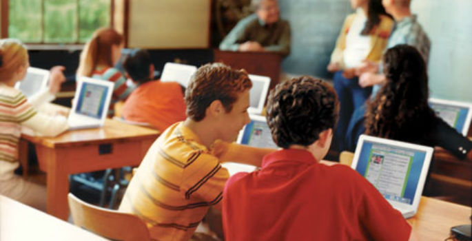 Classroom Design Aids Student Learning : Classroom tech learning aids with global implications