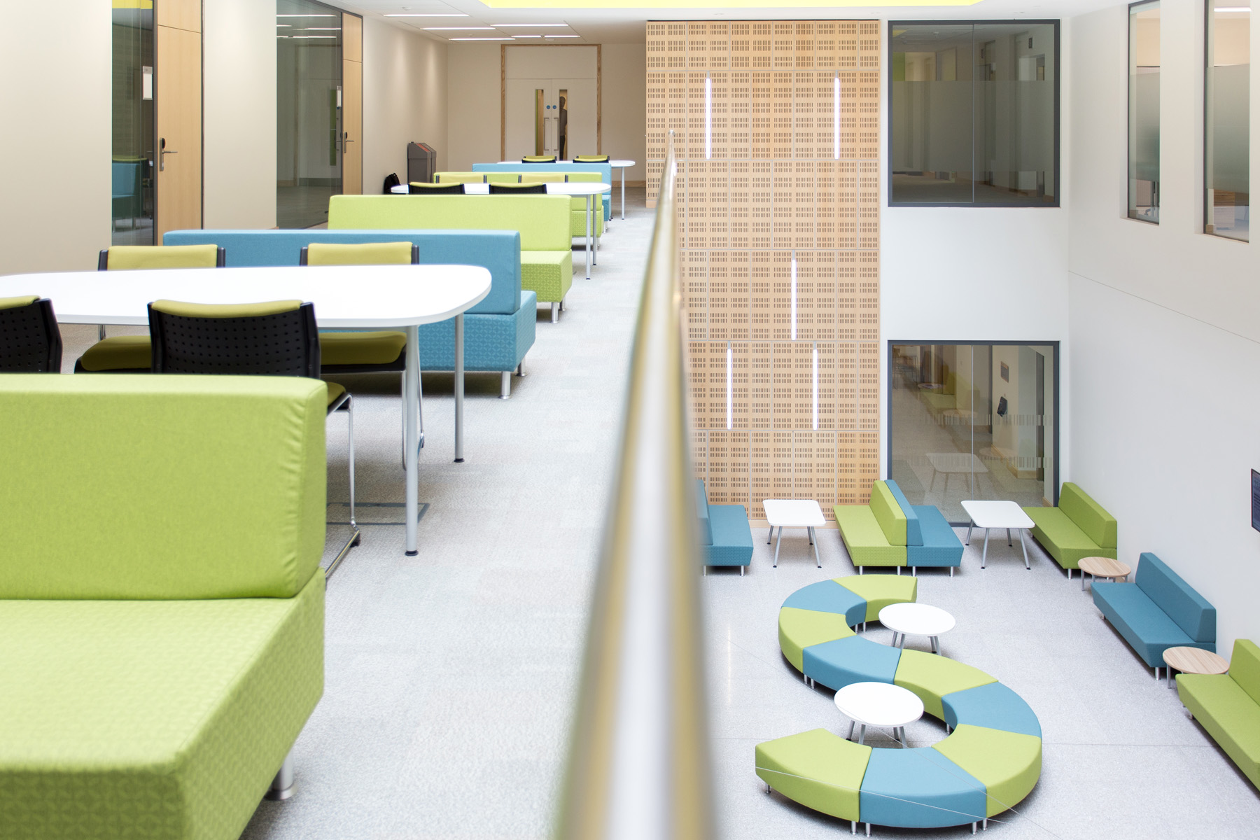 Connected And Collaborative University Spaces