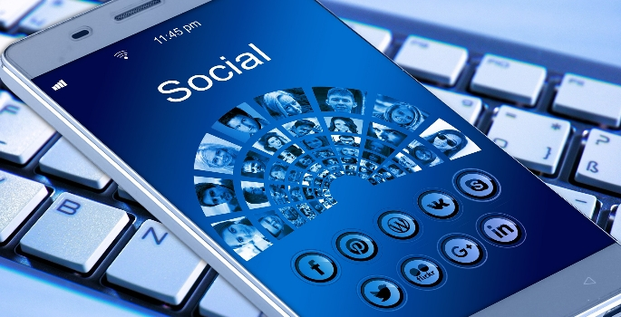 what are the advantages of media on youth Disadvantages of social networking the new research suggests that overuse of media and technology social networking sites can have ill-effects on youth.